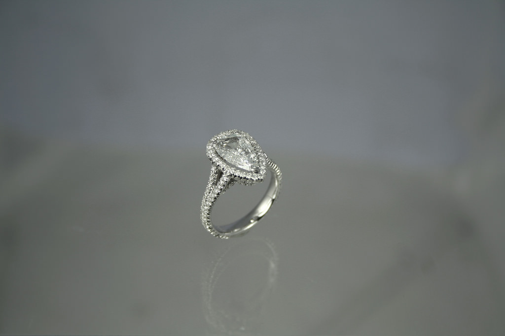 complete diamonds ring