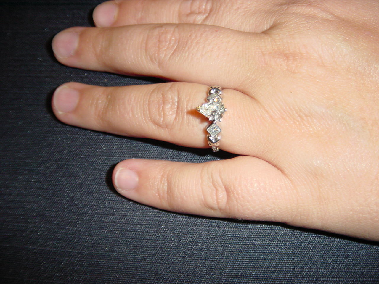 three diamonds ring1