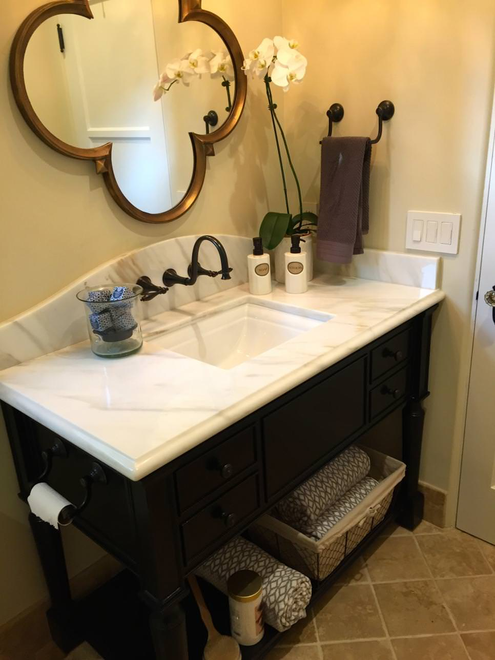 Black and Gold Bathroom Vanity Design