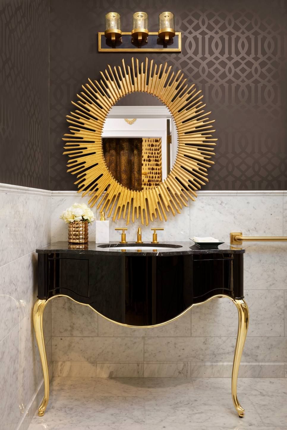 23 black and gold bathroom designs decorating ideas for Design and deco