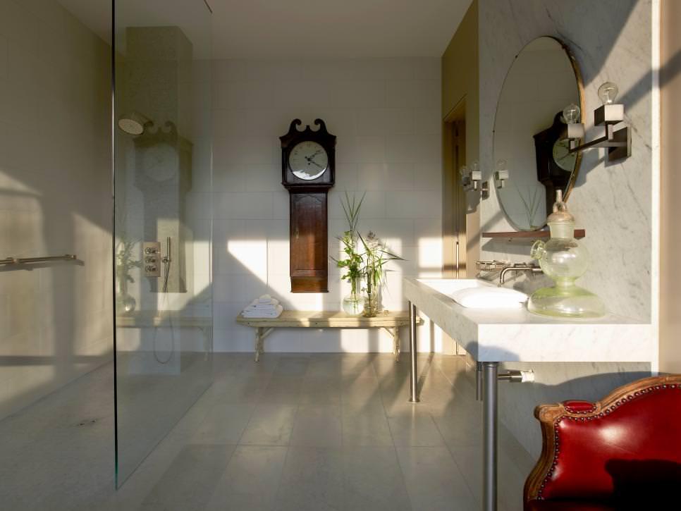 Modern Bathroom Furniture Ideas