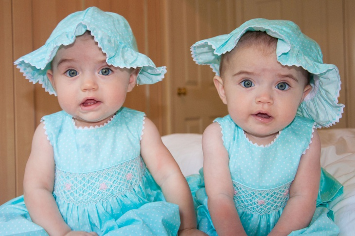 Fashionable Twins