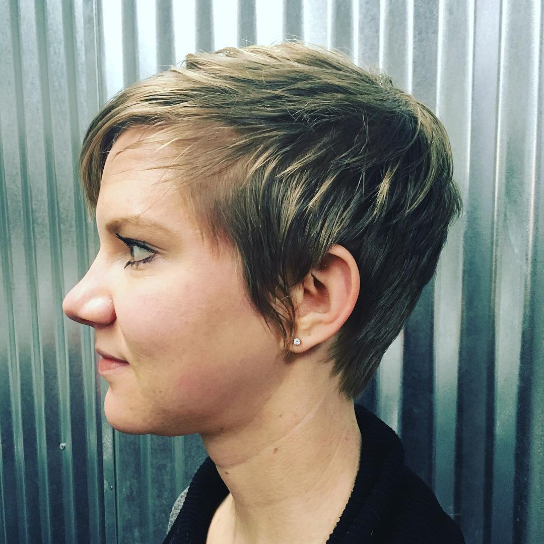 Attractive Short Choppy Haircut