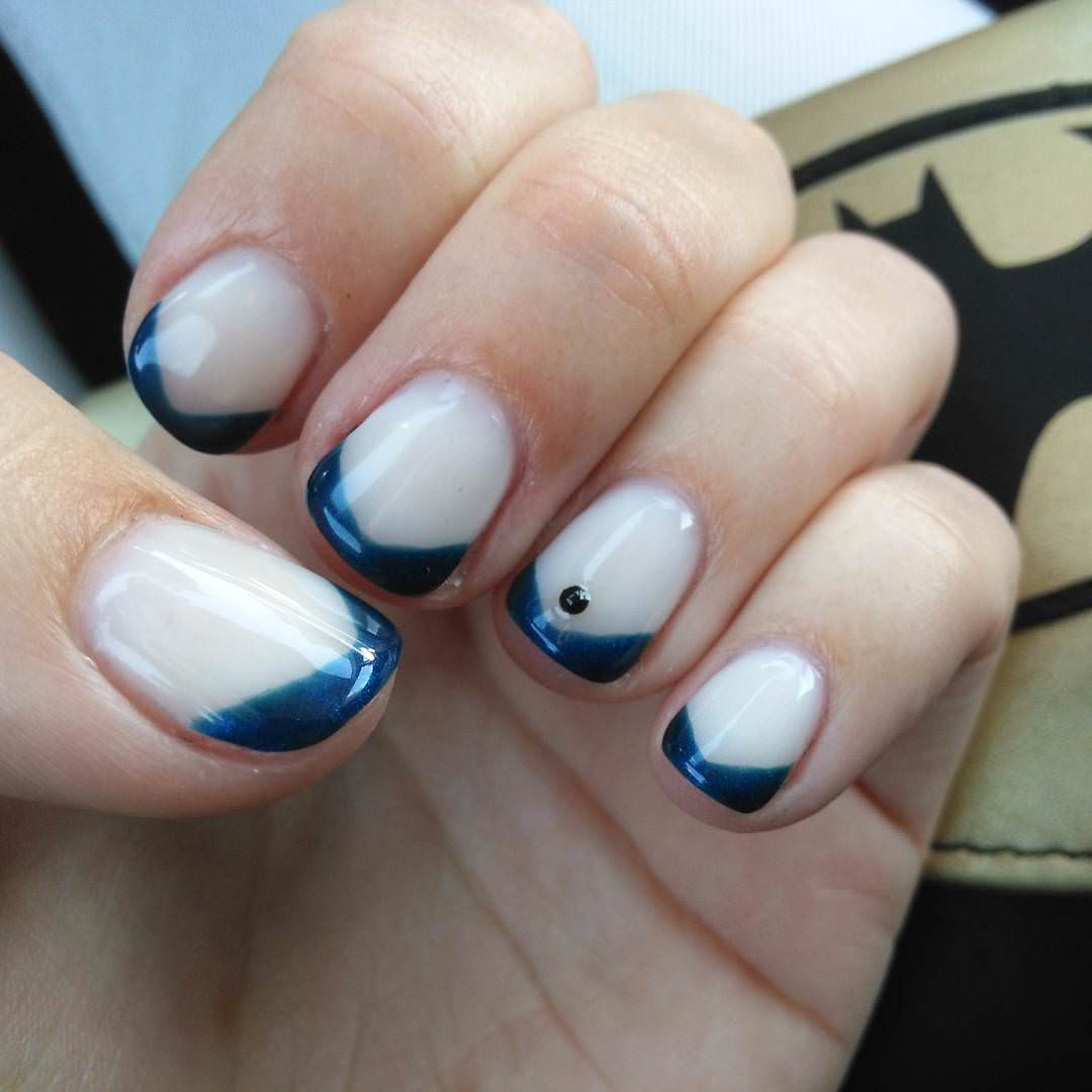 spectacular blue and white nails