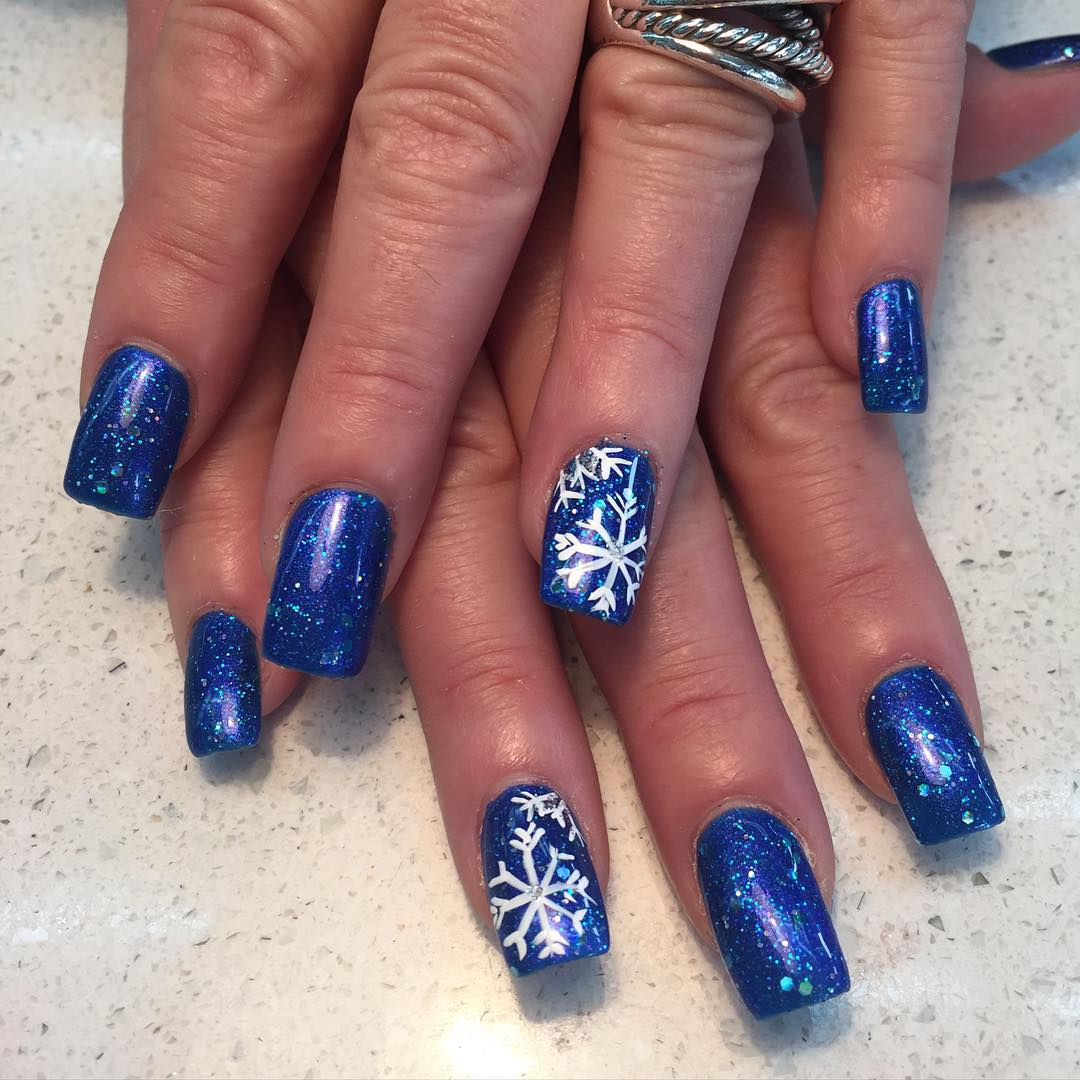 stylish blue and white nail design