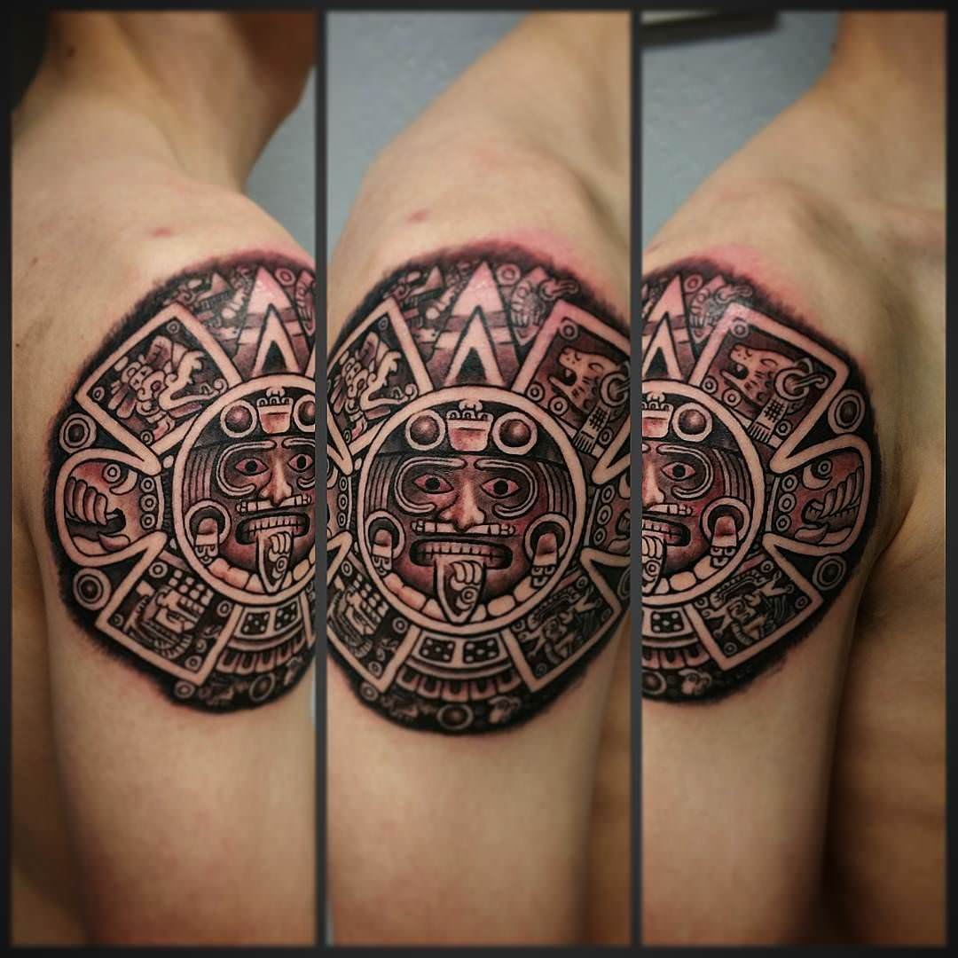aztec motif red patterns