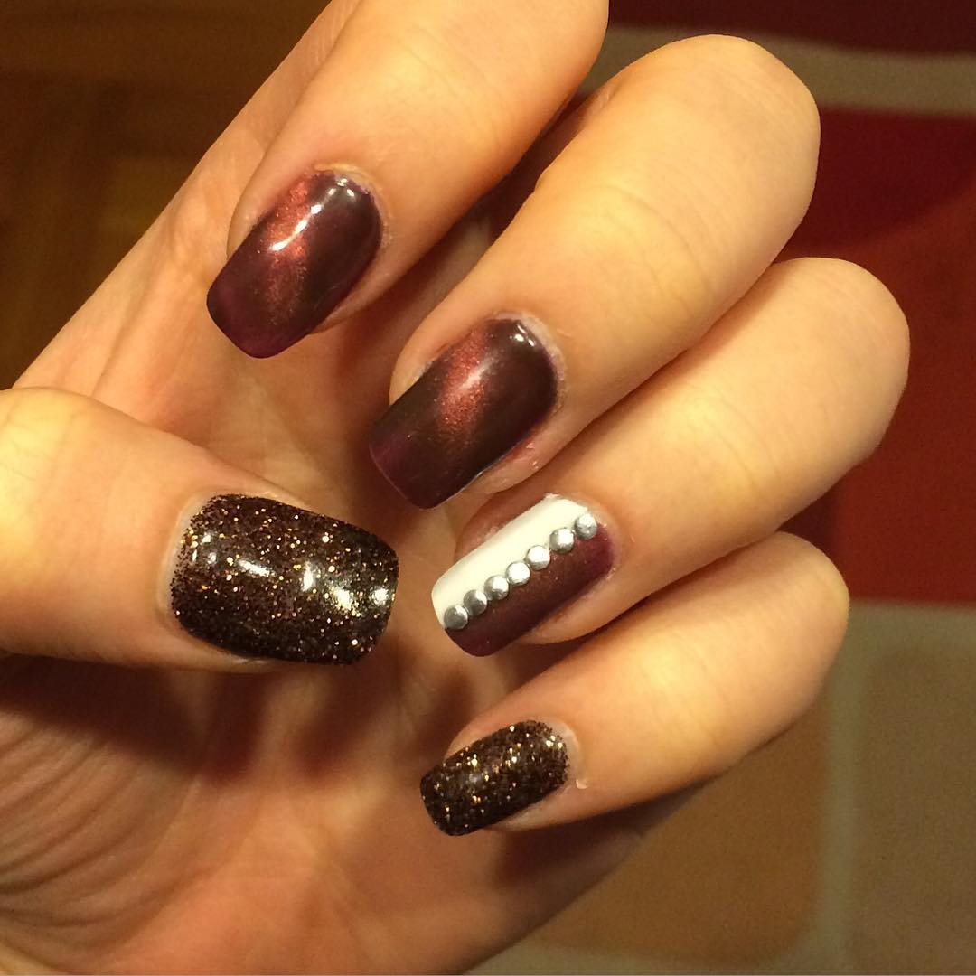 Trendy Brown Nail Design