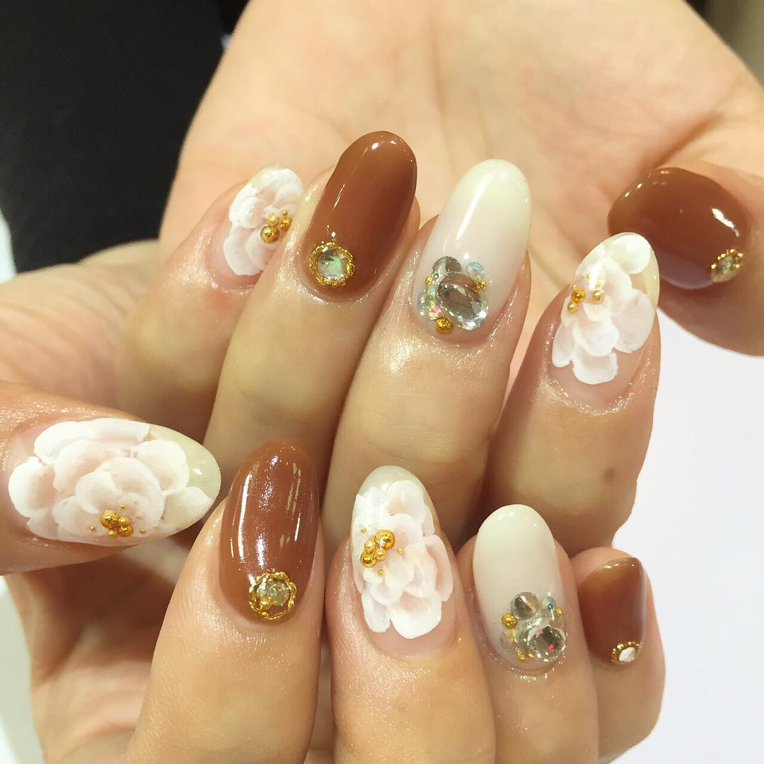 Wonderful Brown Nail Design