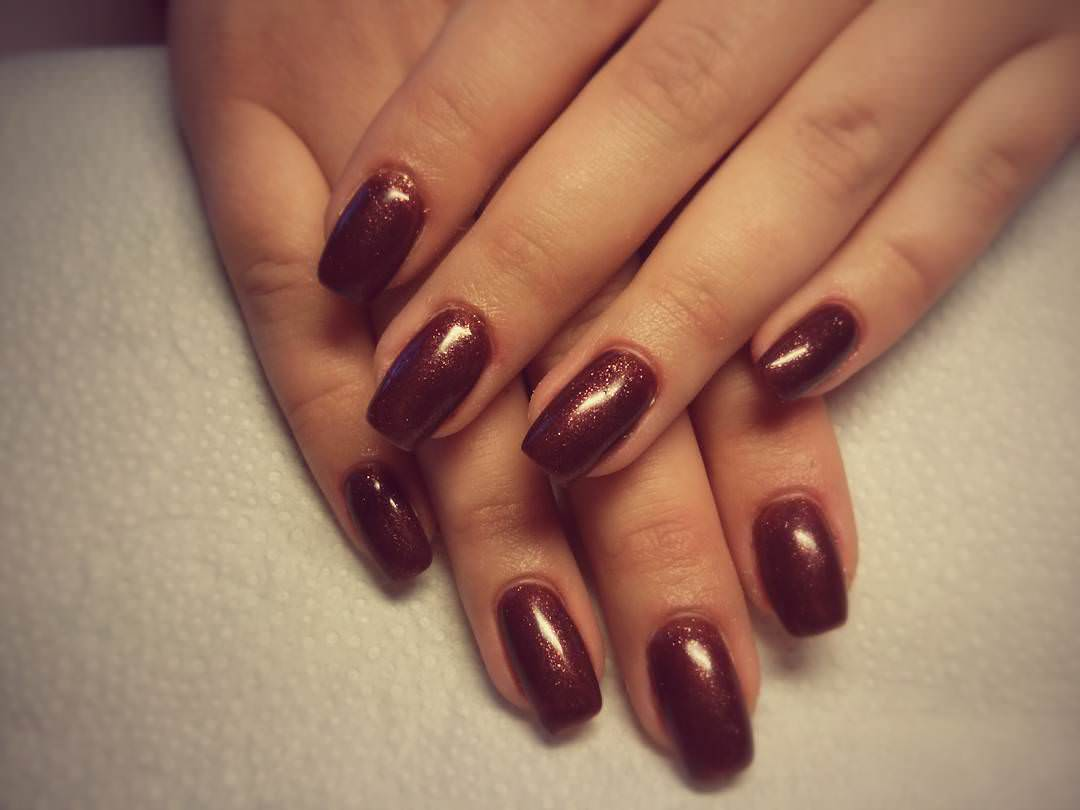 Fashionable Brown Nail Design