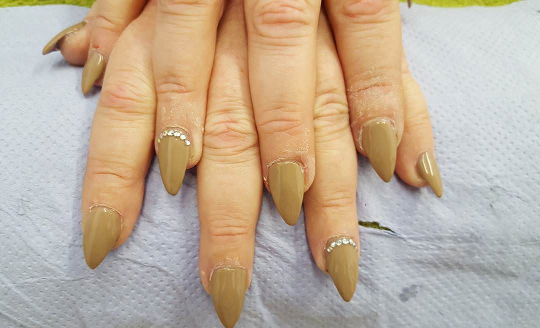 Stylish Brown Nail Design