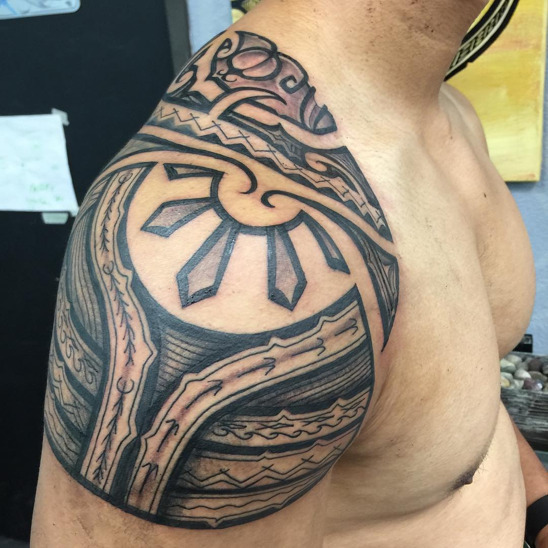 amazing hawaiian tattoo