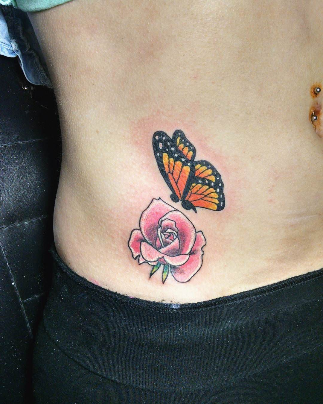 nature tattoo design on hip