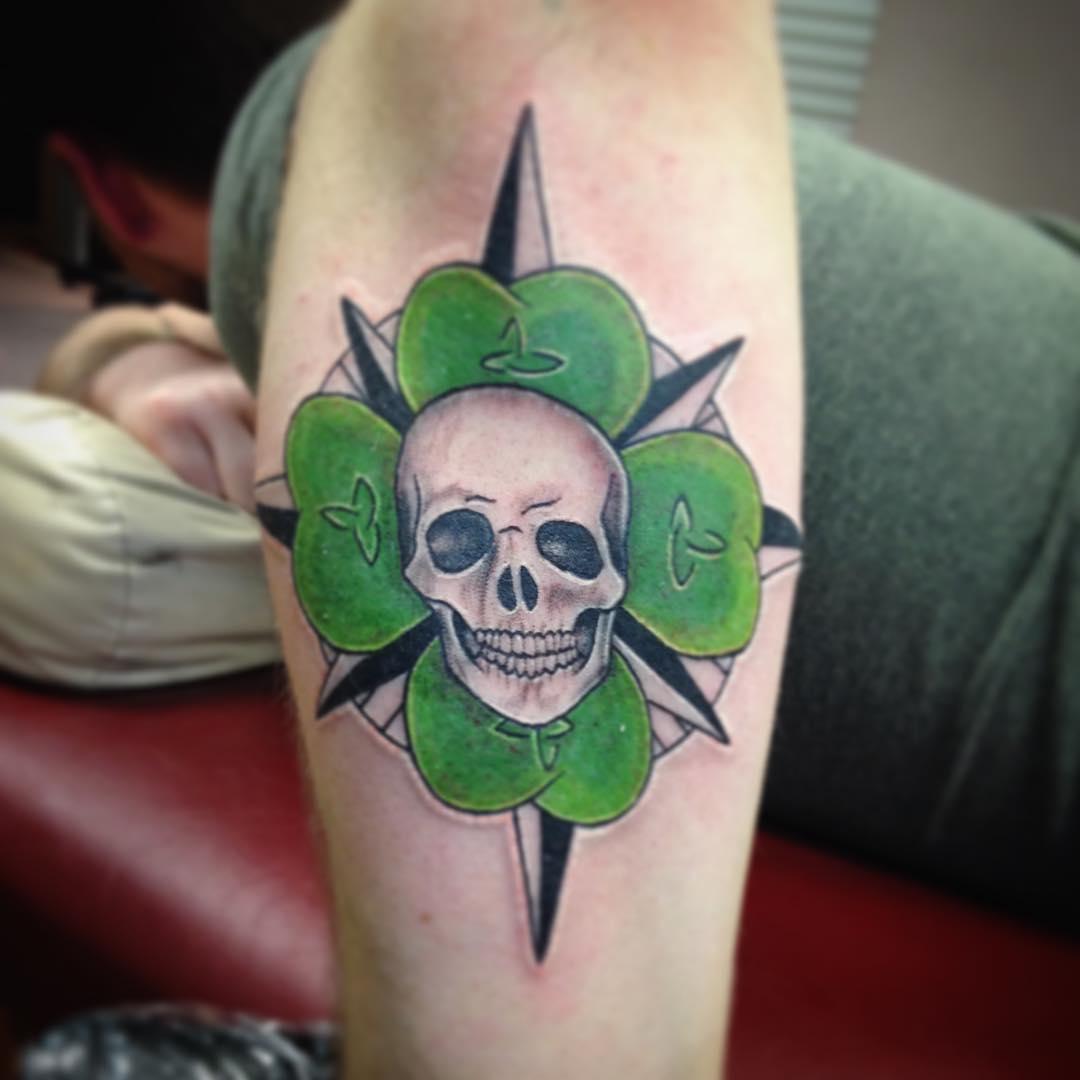 Butterfly Chest Tattoos For Women 25+ Irish tattoo Desig...