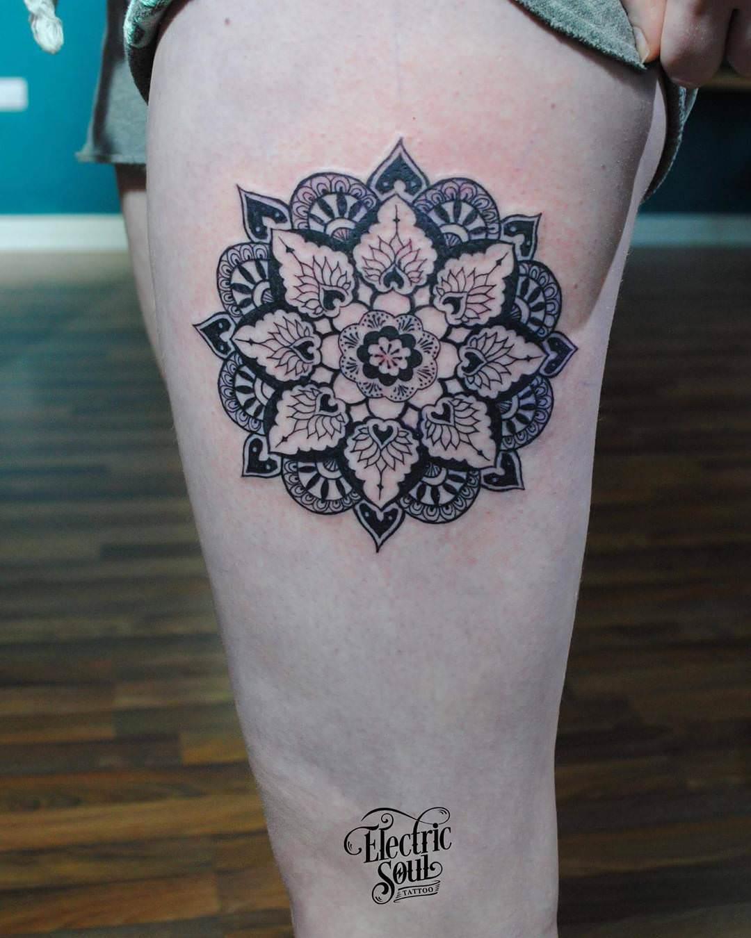 Flower Irish Tattoo Design