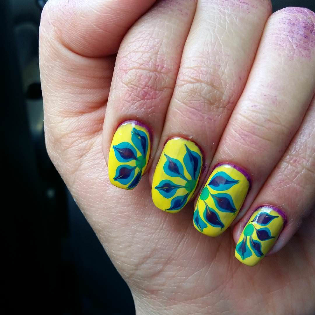 Fancy Floral Nail Design