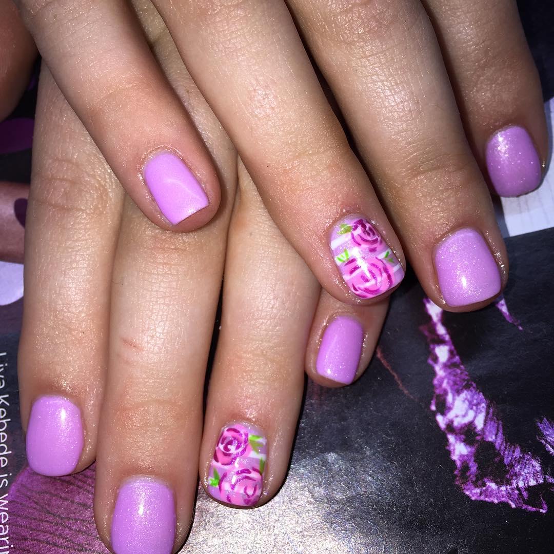 Creative Violet Floral Nails