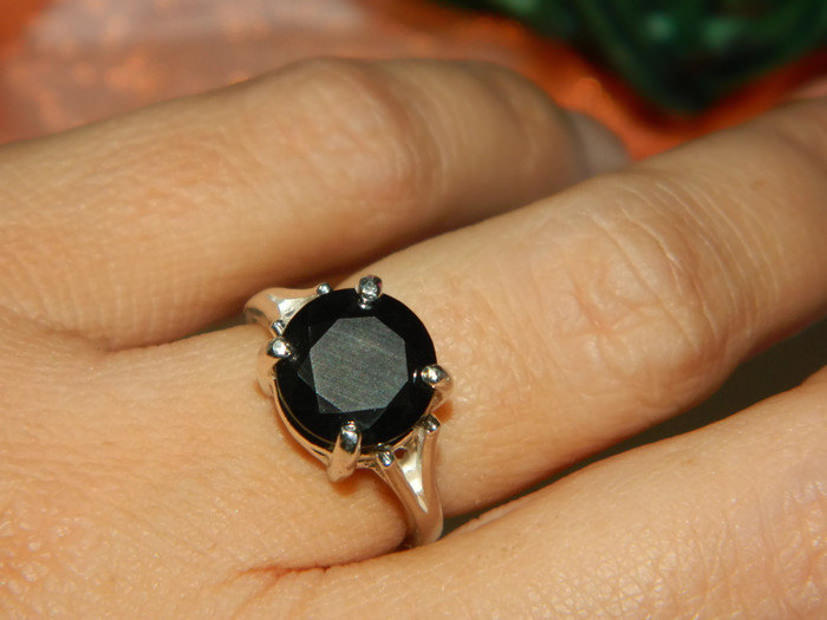 moissanite black ring
