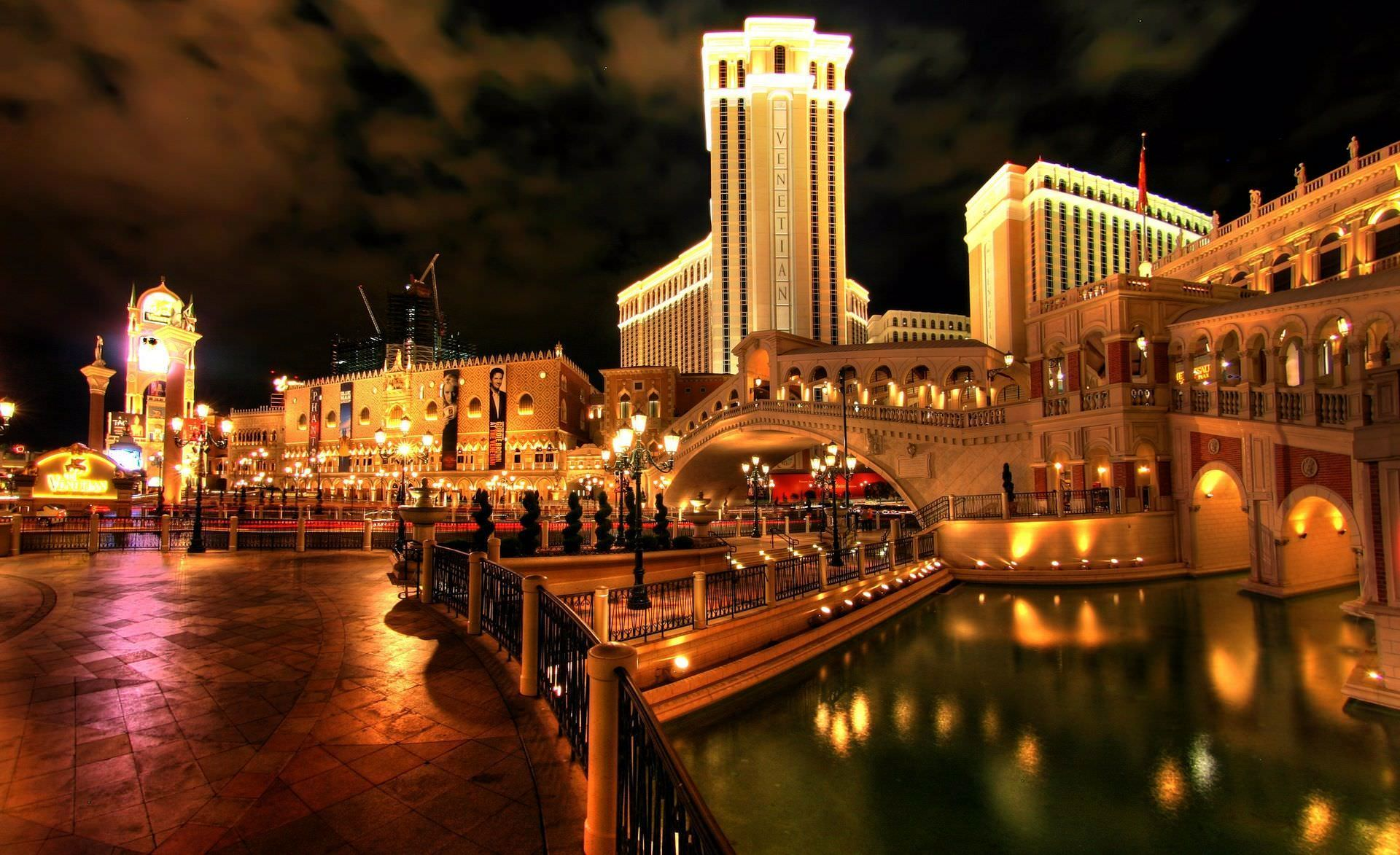 italy casino city wallpaper