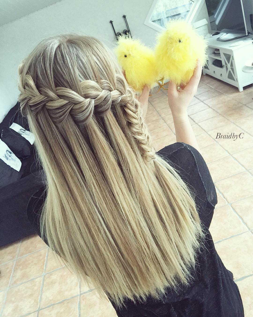 Pretty Long Hairstyle