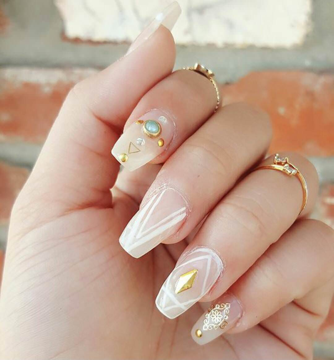 Attractive Prom Nail Design