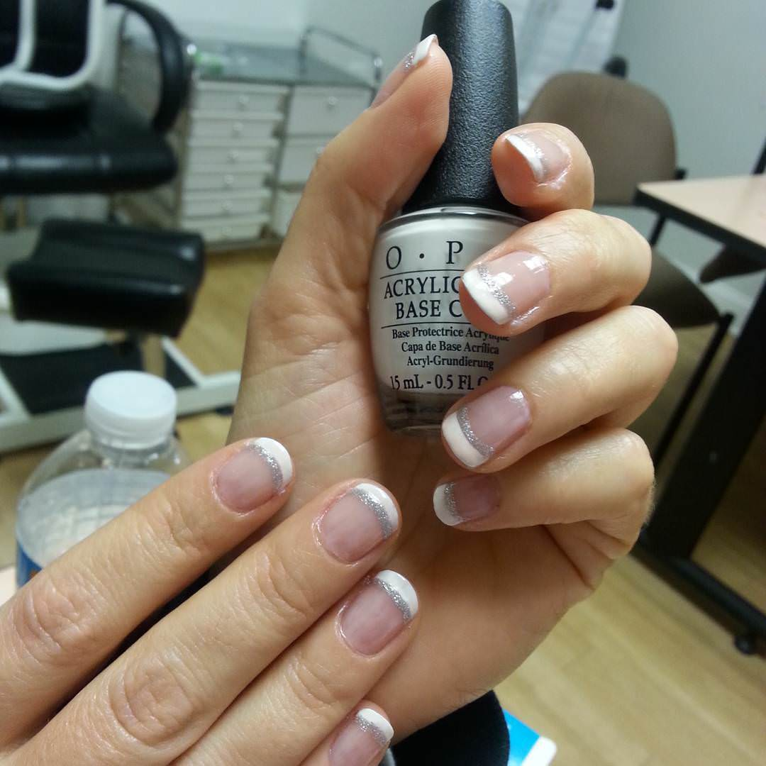 glitter prom nail design