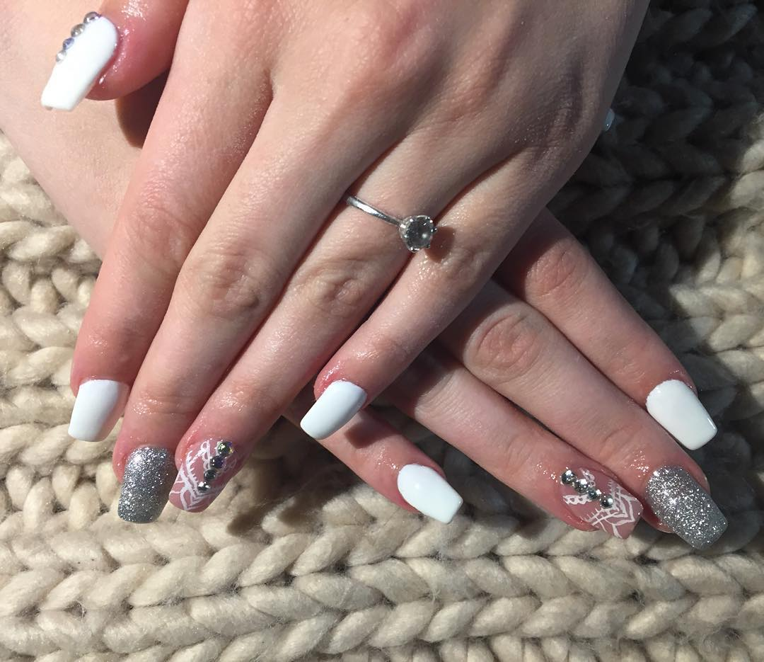 Fabulous White & Pink Prom Nails