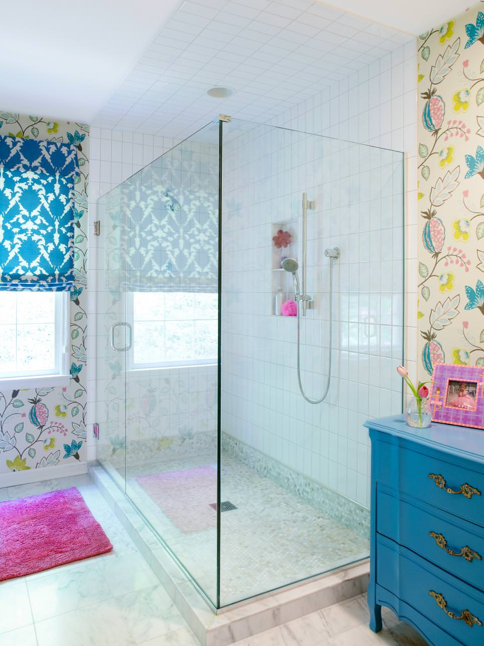 22 floral bathroom designs decorating ideas design for Bathroom wall mural ideas