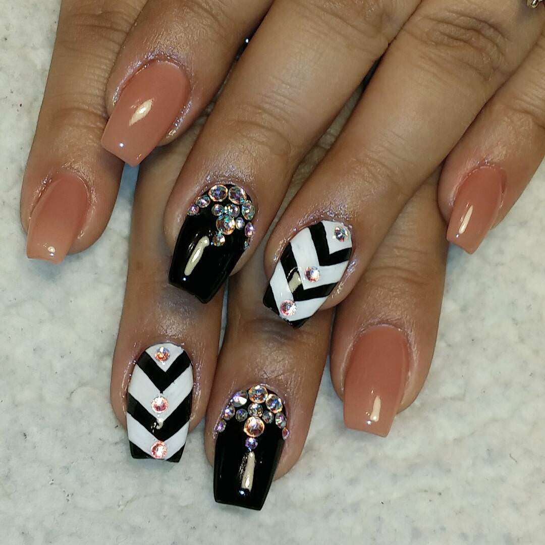 Black & Tan Nail Design
