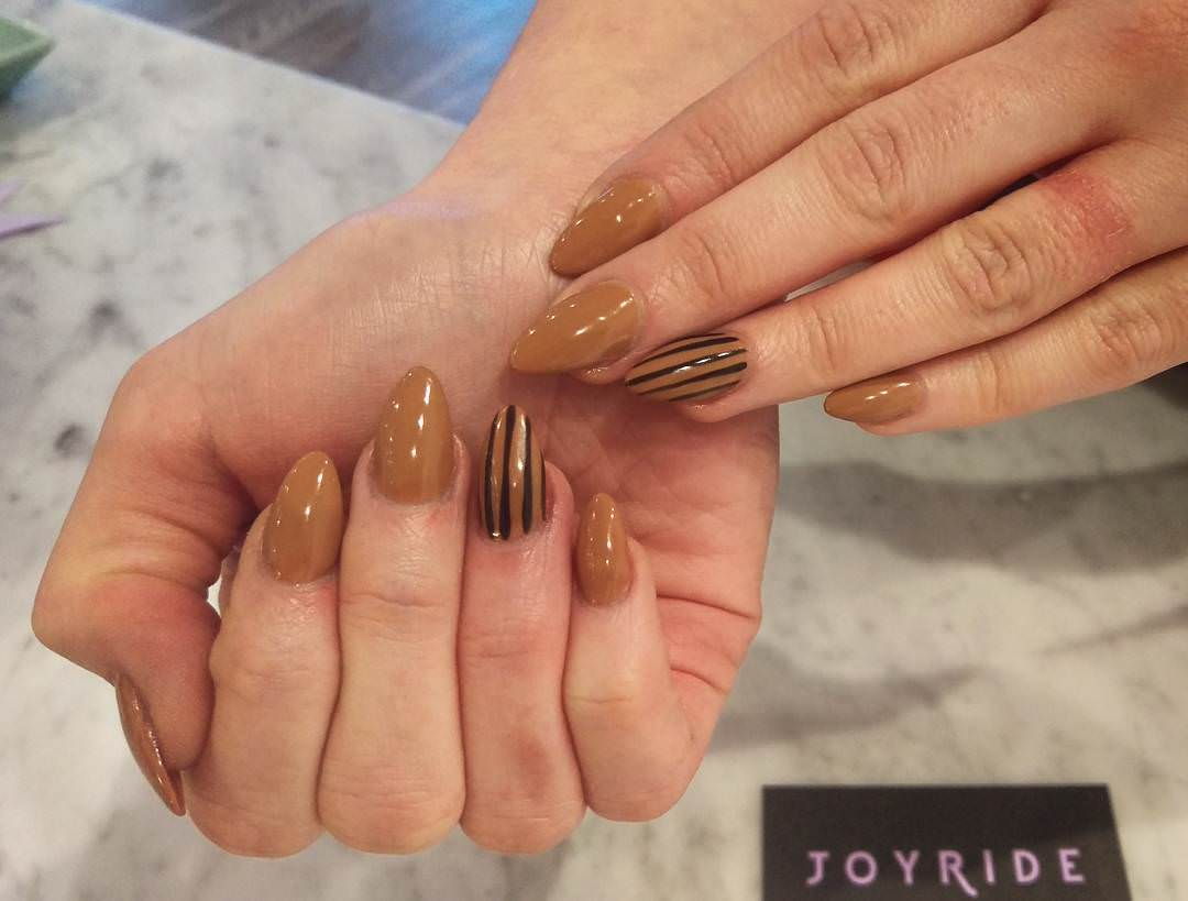 Wondrous Tan Nails