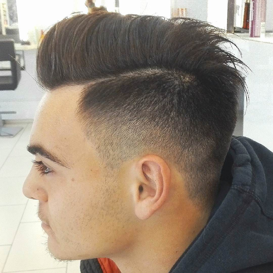 simple pompadour hairstyle