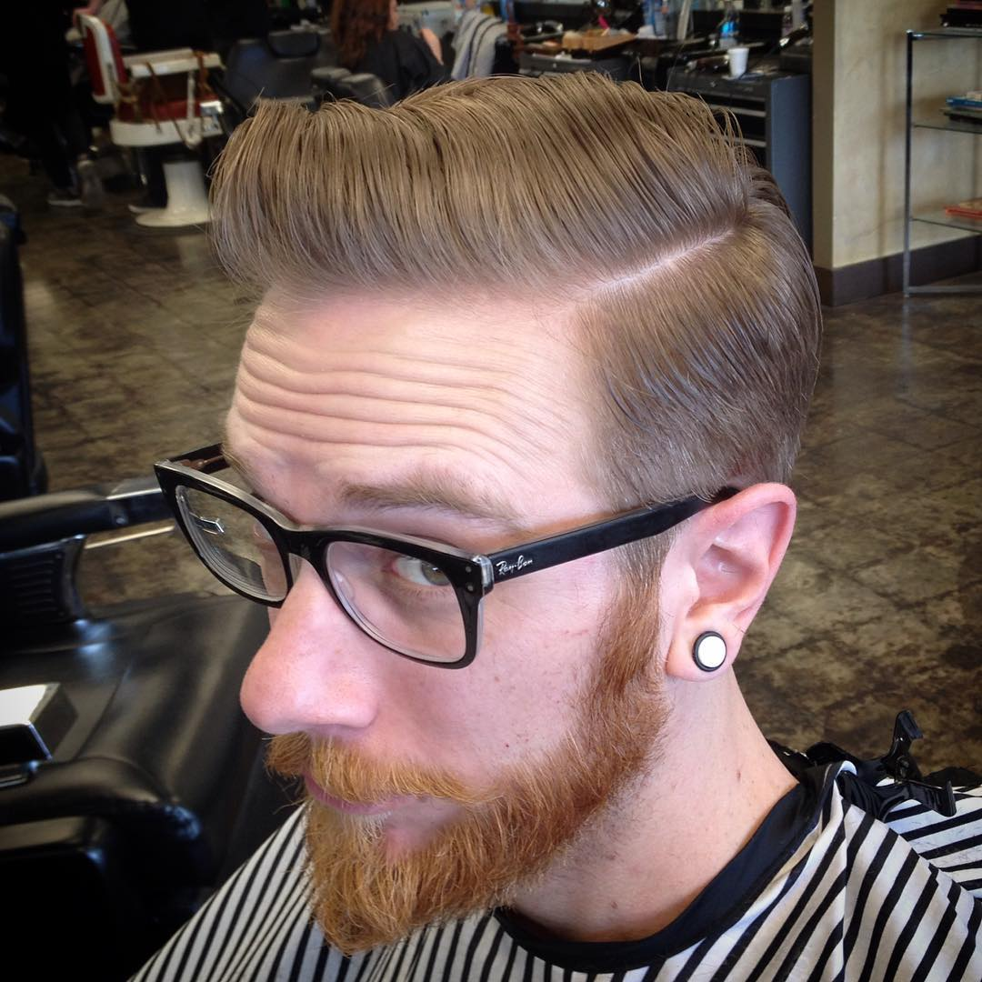 pompadour textured hair