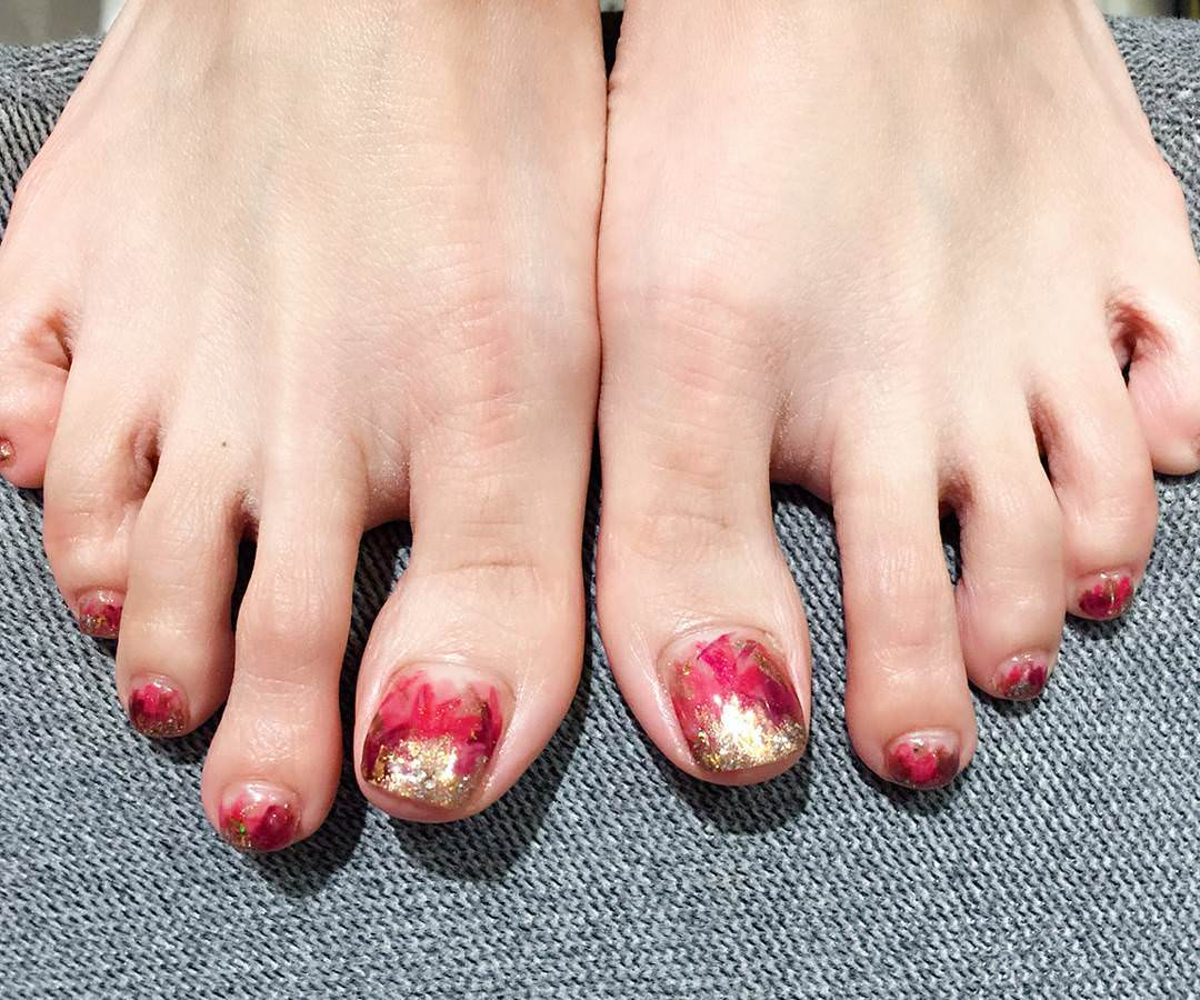 Awesome Toes Nail Design