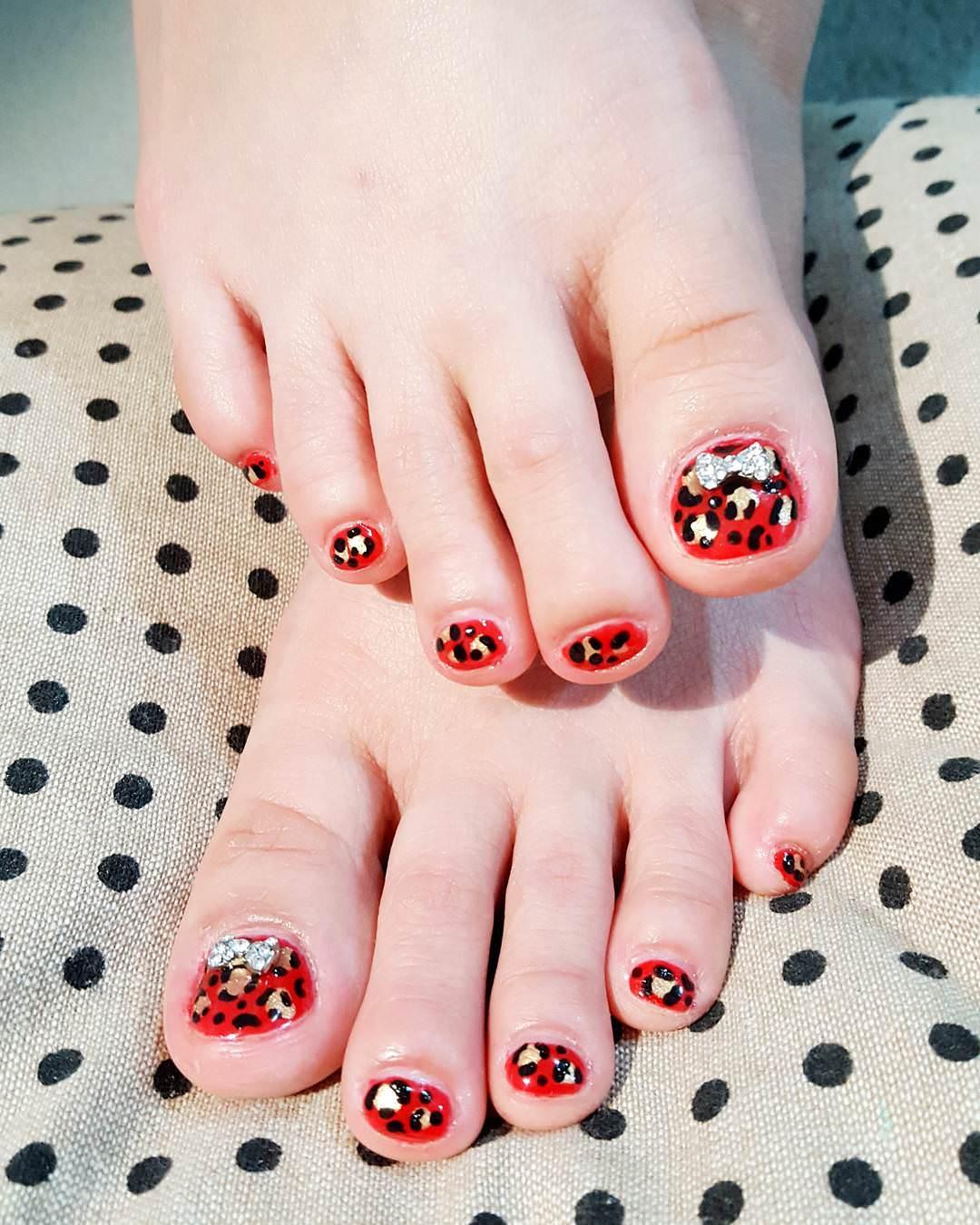 wondrous toe nail design