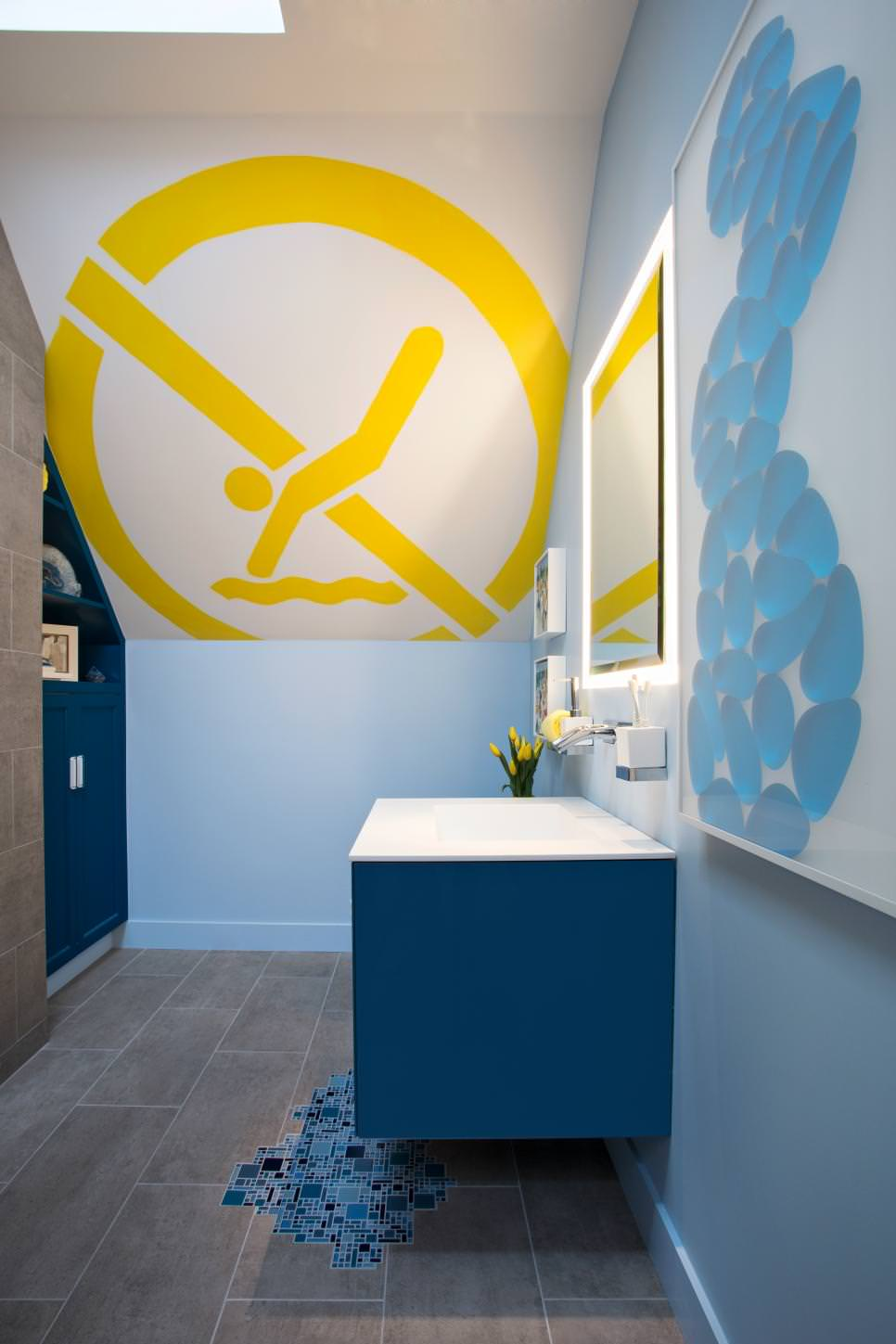 24 artful bathroom ideas designs design trends for Bathroom wall mural