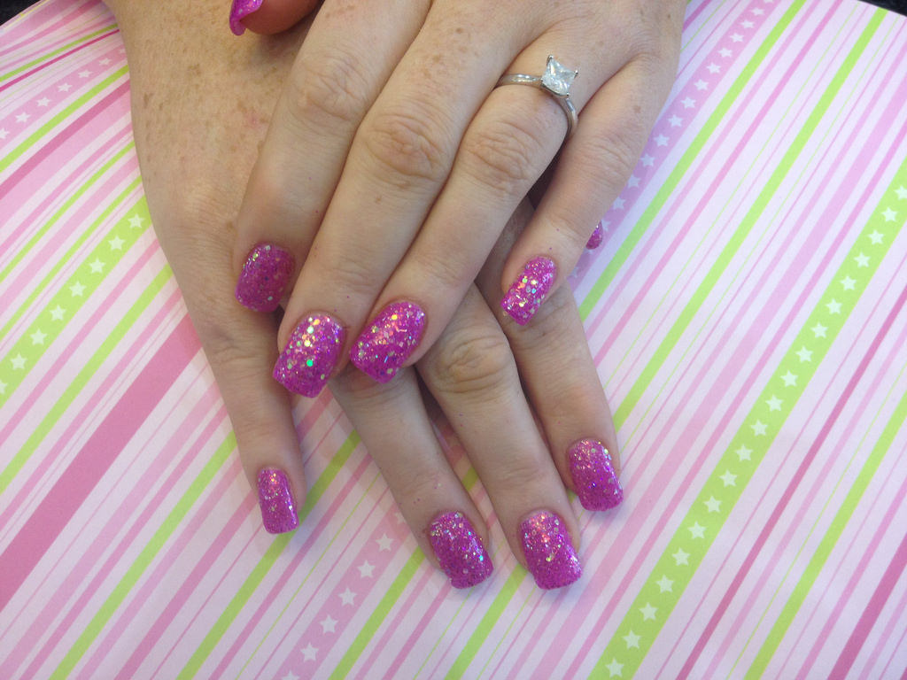 Acrylic Nails with Pink Glitter Dust