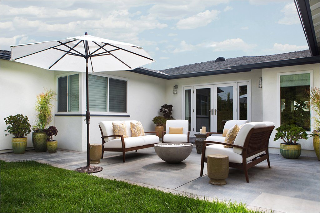 24+ Transitional Patio Designs, Decorating Ideas | Design ... on Backyard Patio Layout id=52000