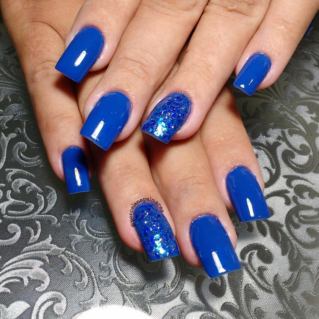 Blue Colored Nails.