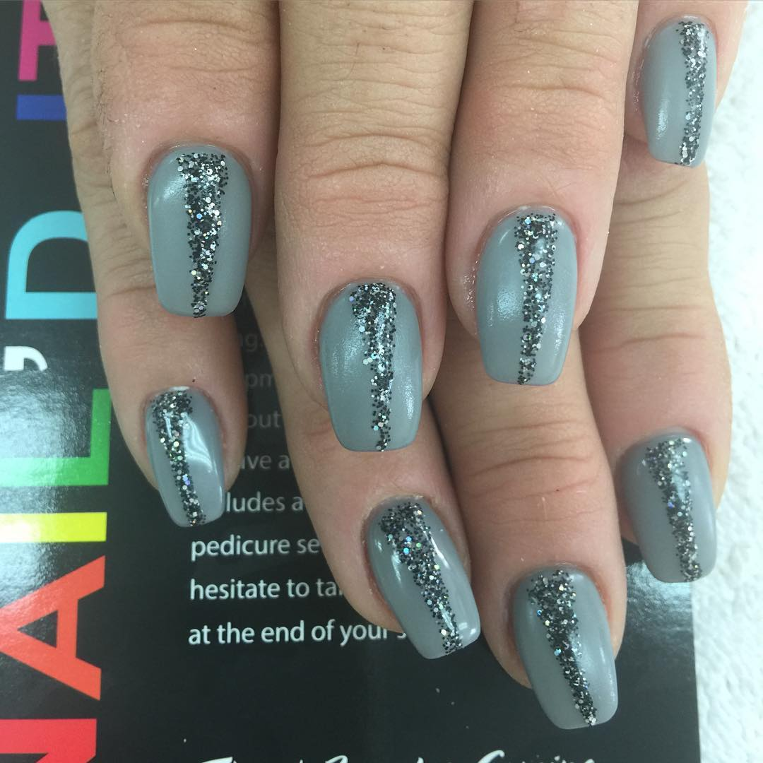 Grey Color Nails
