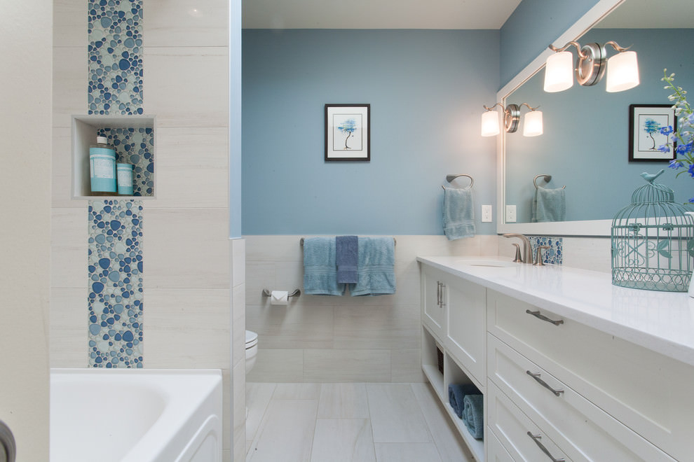 23 four seasons bathroom designs decorating ideas for Blue tile bathroom ideas