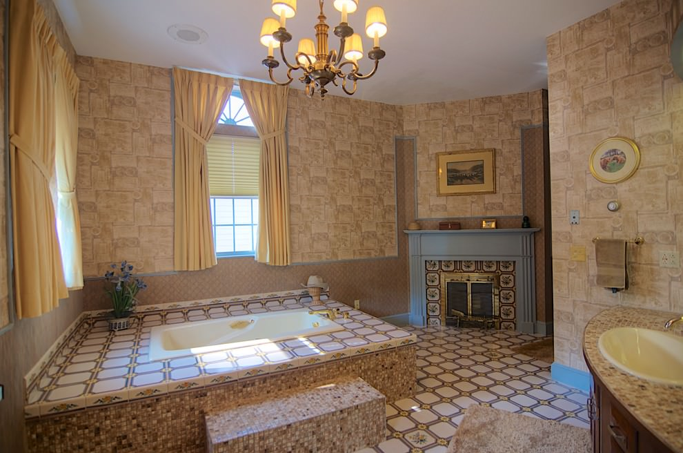 royal seasonal bathroom ideas