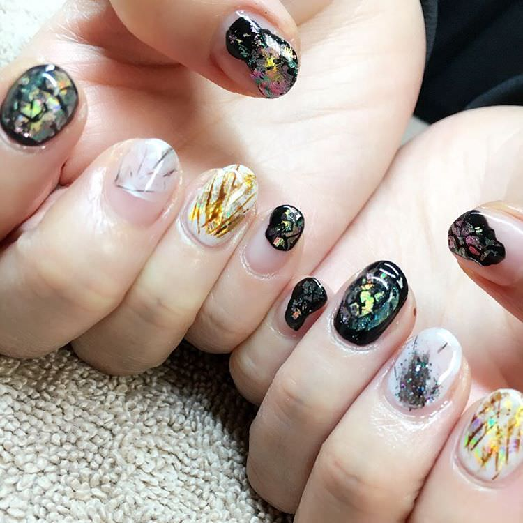 amazing designed nail art looks pretty