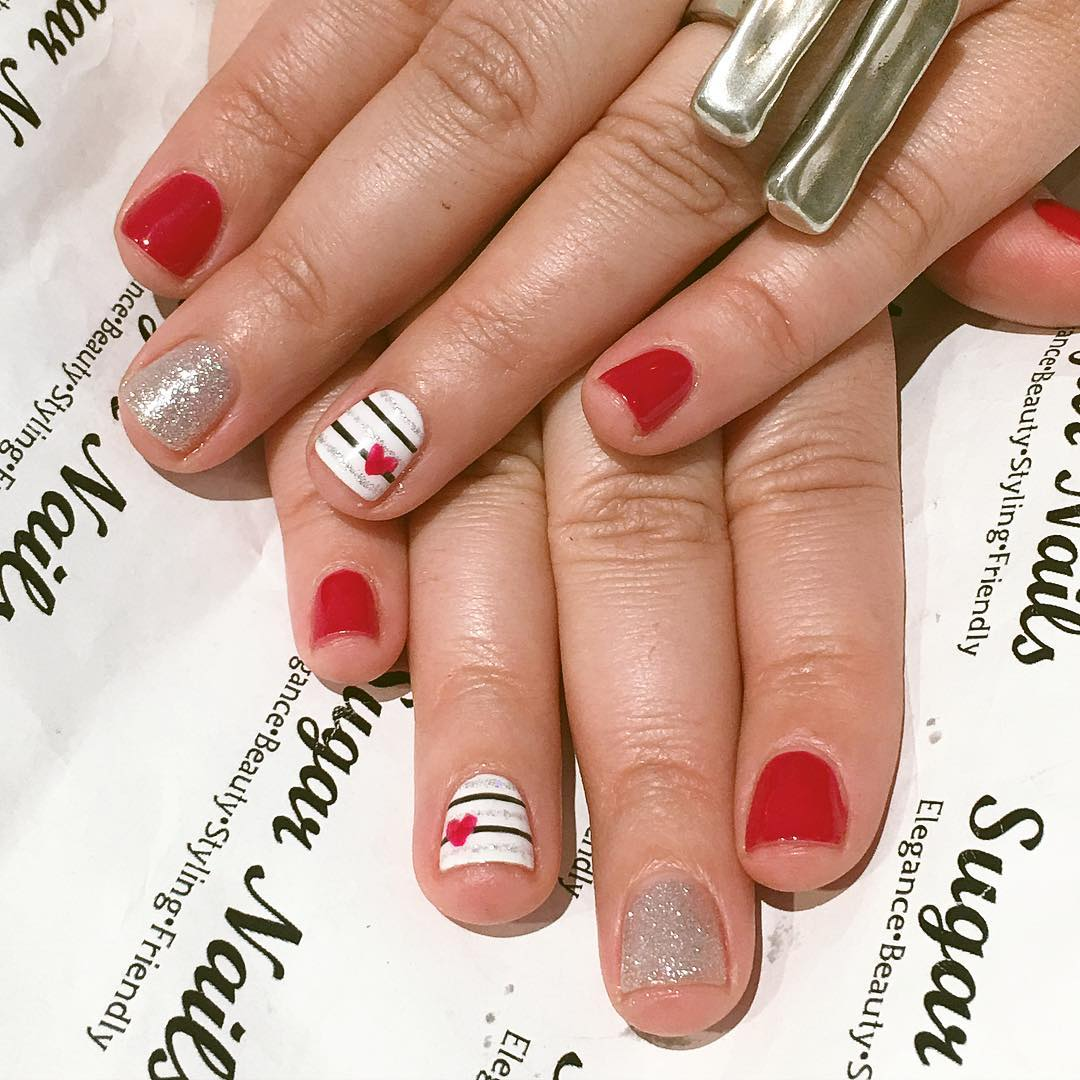 fashionable funny nail art for young women