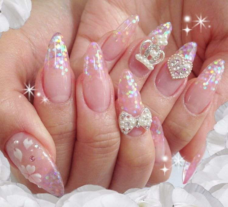 Shining Spring Nails With Bow.