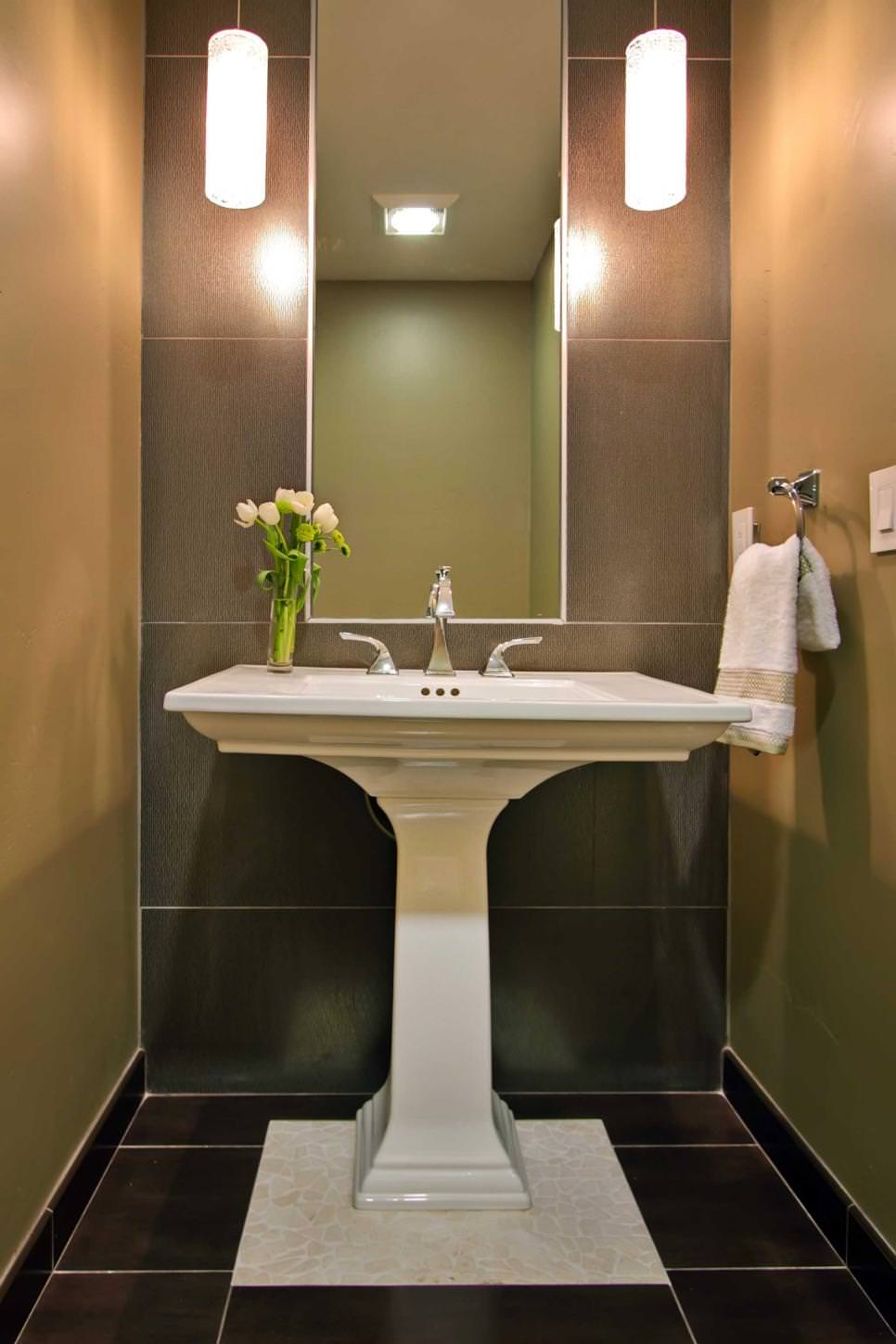 Transitional Bathroom Pedestal Sink Ideas
