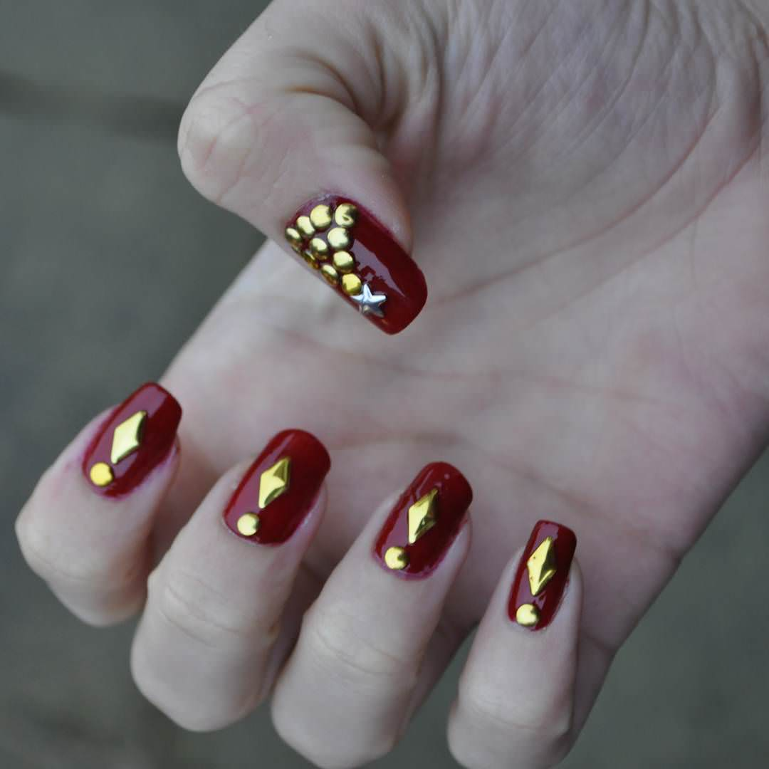 Red Nail Art: 27+ Red And Gold Nail Art Designs, Ideas