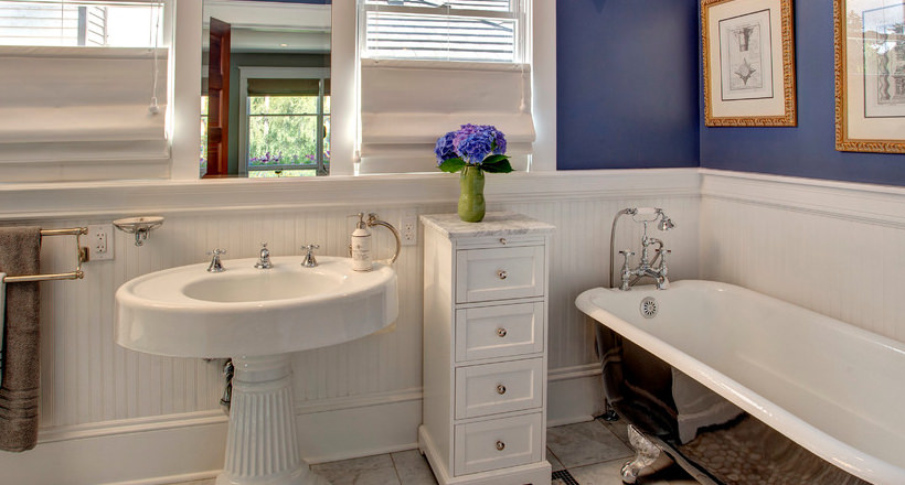 24+ Bathroom Pedestal Sinks Ideas, Designs | Design Trends - Premium ...