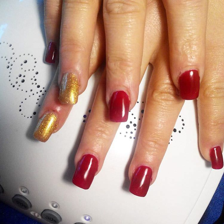 Easy Red & Gold Combination Nail Art