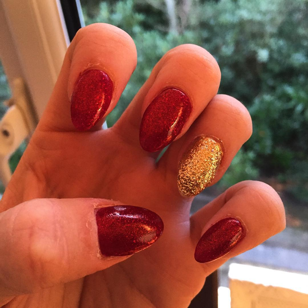 trendy red and gold combination nails