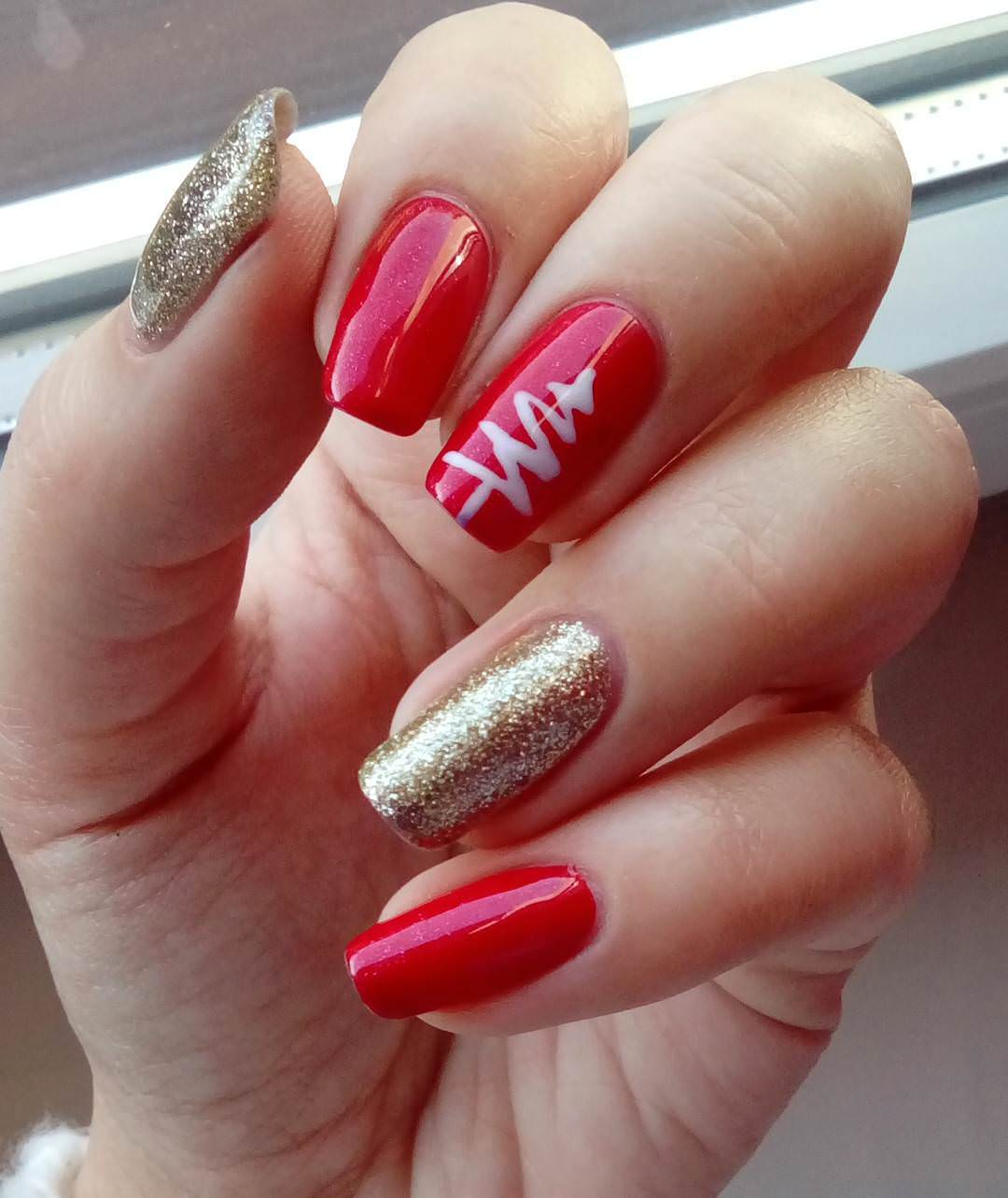 Attractive And Beautiful Nail Art