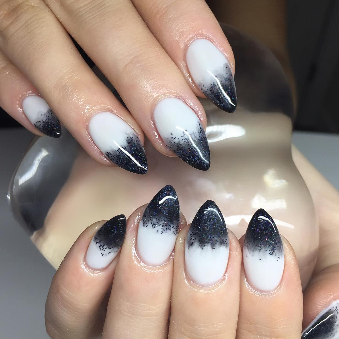 White Nail Ideas: 25+ White Acrylic Nail Art Designs, Ideas